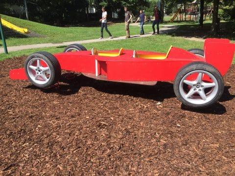 1060 Alfred Grünwald Park: Spielauto