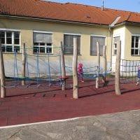 1100 Wien, Lippmanngasse: Spielplatz mit Kletterherausforderungen für Kinder