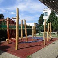 1120 Wien, Am Schöpfwerk: Kinderspielplatz für Kletteräffchen in Wien von FREISPIEL
