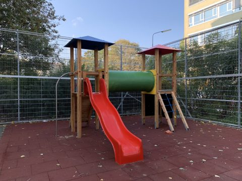 Spielplatz 1200 Adalbert Strifer Str