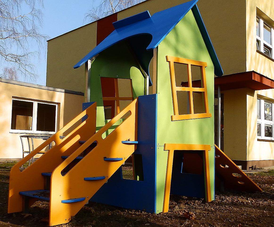 Rückseite Mini Spielhaus
