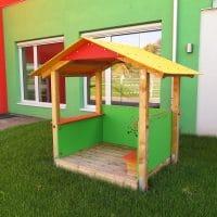 Schulhof in 2201 Gerasdorf, Schulgasse 6: Spielladen