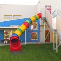 Röhrenrutsche bunt, von FREISPIEL, dem Spielplatzbauer