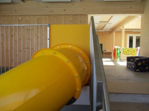 Rutsche in Privathaus voM Spielplatzbauer FREISPIEL in Indoorrutsche in 3243 Texting, Textingtal