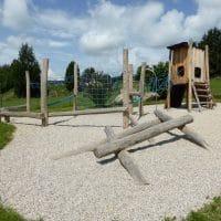 Spielplatz in Pöggstall mit Kletterhaufen