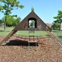 Neues Spielhaus im Margarete Ottillinger Park