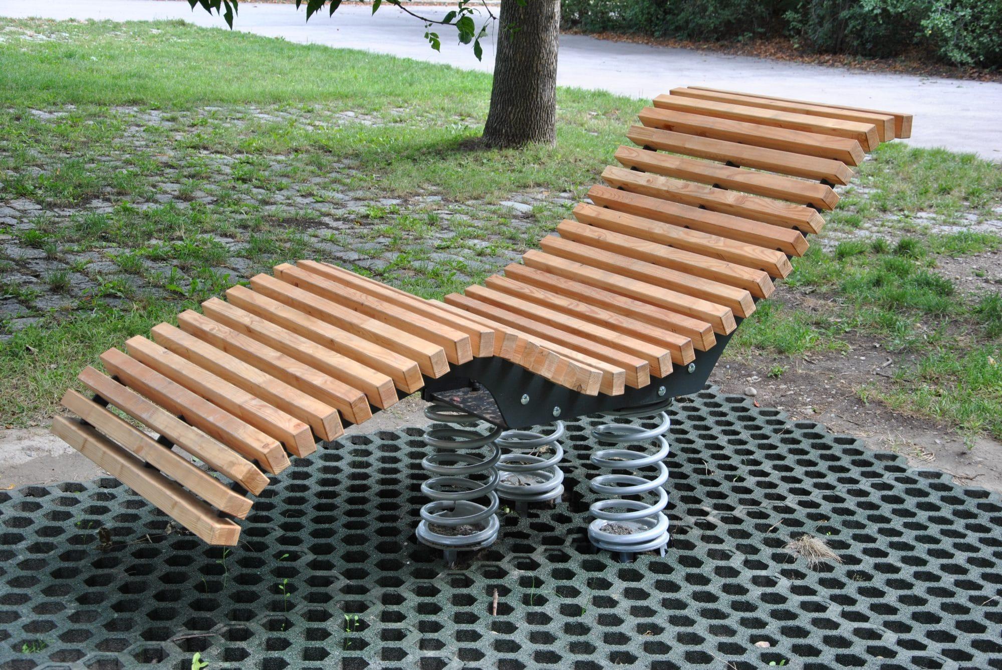 ergonomisch geformte Liege Sit and Move Relax