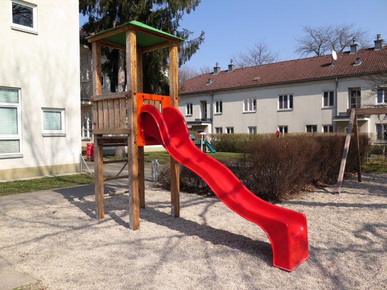Rutschenturm Jakob für Kinderspielplatz