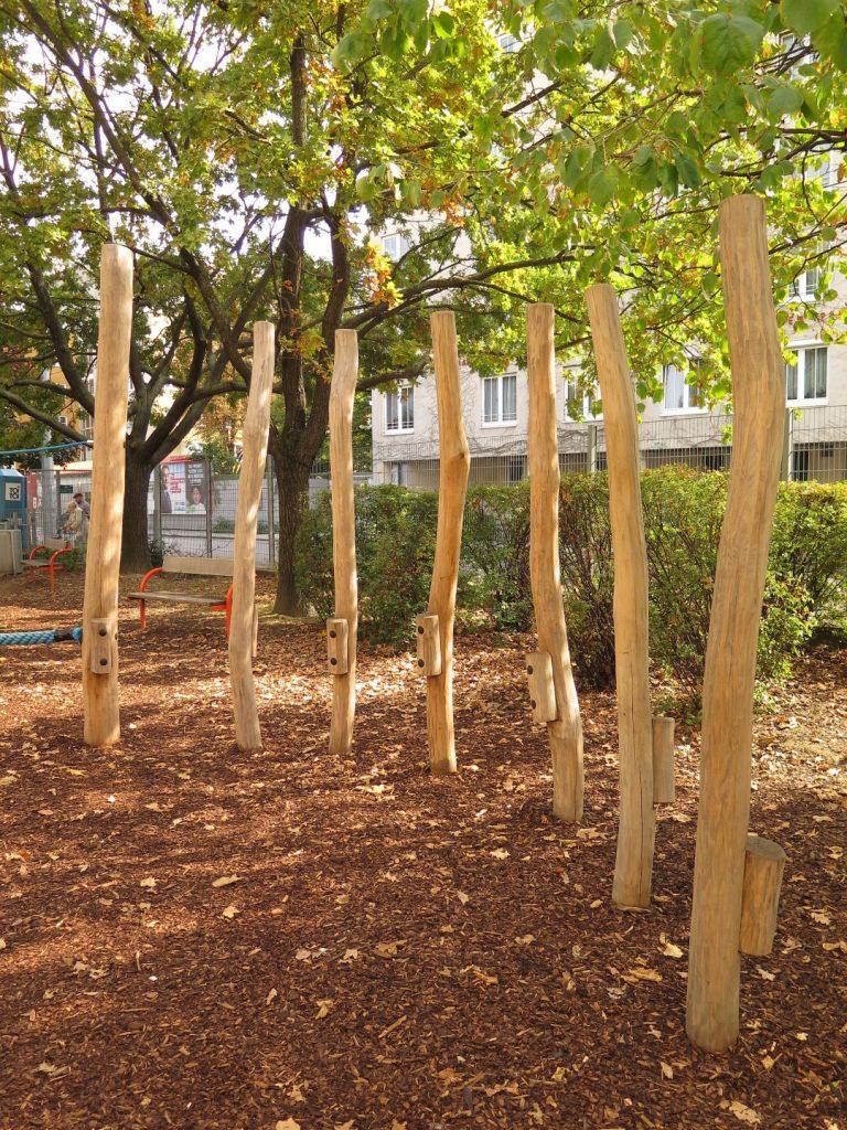 Balancierstelzen für Ihren Kinderspielplatz in Wien, Niederösterreich oder Burgenland