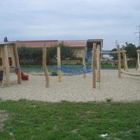 2203 Großebersdorf: Spielanlage für Kinder