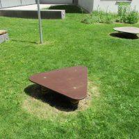 Hüpfplatte dreieckig von FREISPIEL, dem Spielplatzbauer
