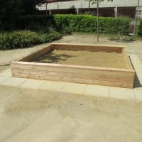 Größerer Sandkasten von FREISPIEL, dem Spielplatzbauer aus Wien