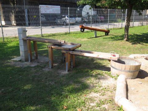 Sonderfertigung Wasserspielanlage von FREISPIEL in der östlichen Scheunenstraße