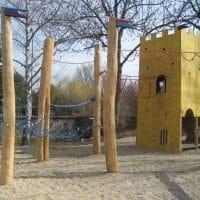 Kletterdschungel mit Spielturm