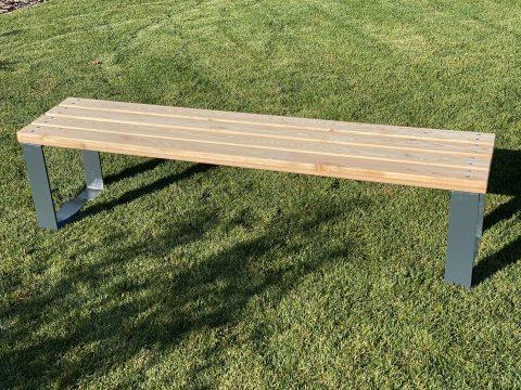 Sitzbank ohne Lehne