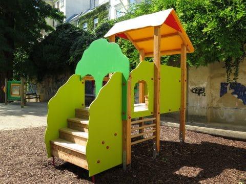 1080 Wien, Lange Gasse/Florianigasse Schönbornpark: Spielanlage