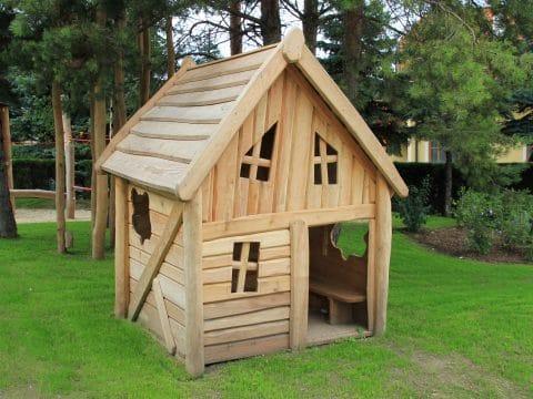 Spielhaus aus Robinie für Spielplatz