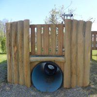 Tunnelverkleidung aus Holz mit Übergang
