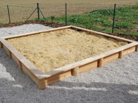 Sandkiste 2x2m