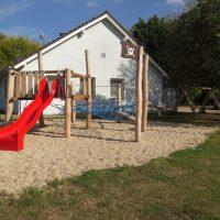 Piratennest für einen Kinderspielplatz von FREISPIEL - Nest und Rutsche