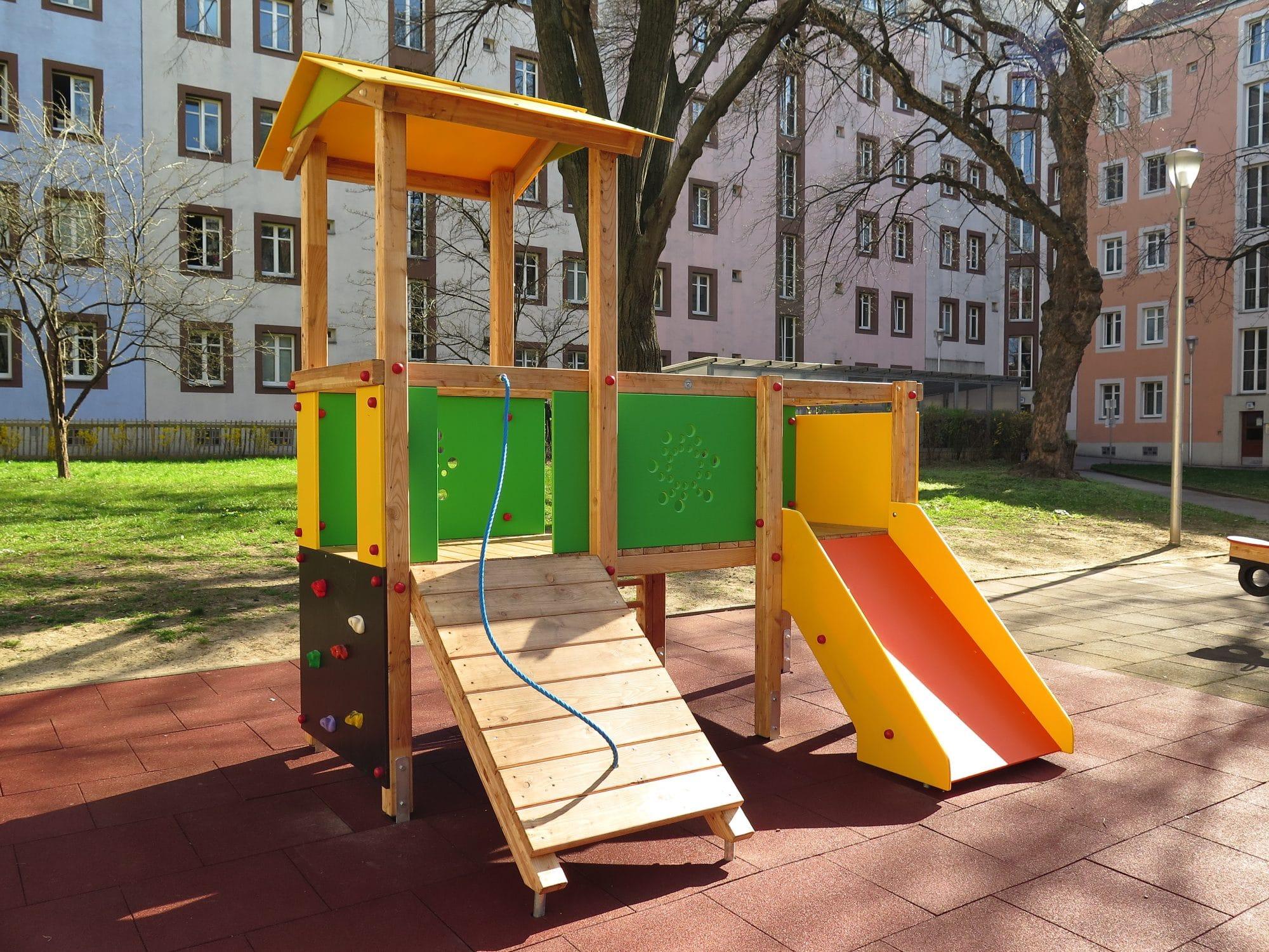 Spielgerätkombination Doppel-Turmanlage Sophie von FREISPIEL, dem Spielplatzbauer, kaufen