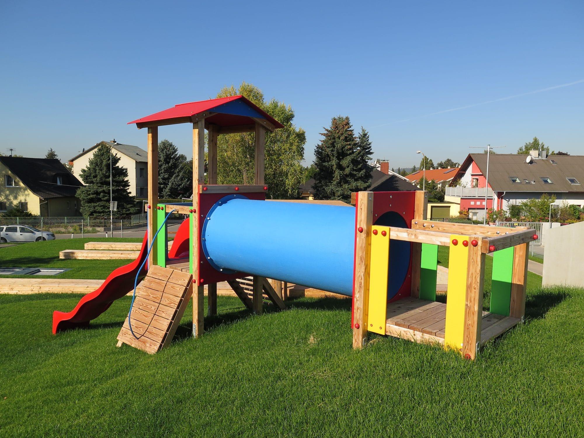 Spielgerätkombination Doppel-Turmanlage Max von FREISPIEL für Kleinkinder