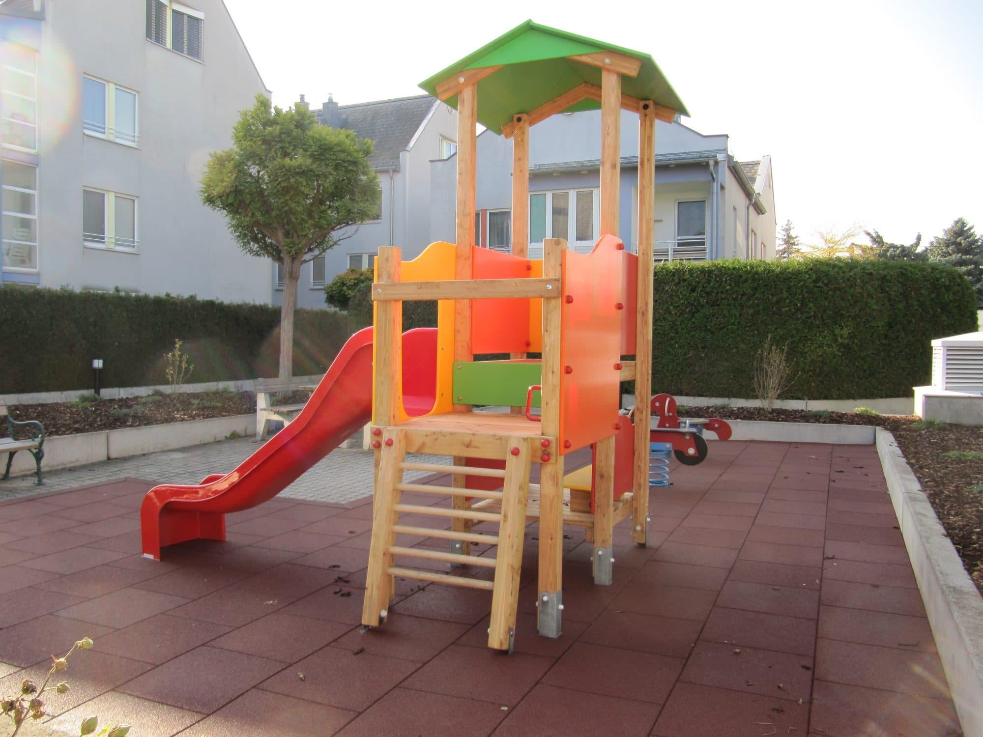 Doppelturmanlage Karin für Kinderspielplatz