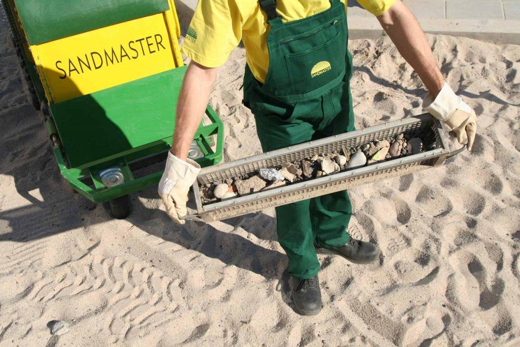 Sandreinigung bei FREISPIEL, dem Spielplatzbauer aus Wien
