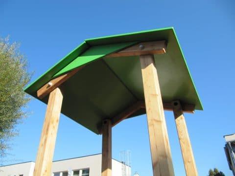Satteldach für Spielturm bei FREISPIEL, dem Spielplatzbauer