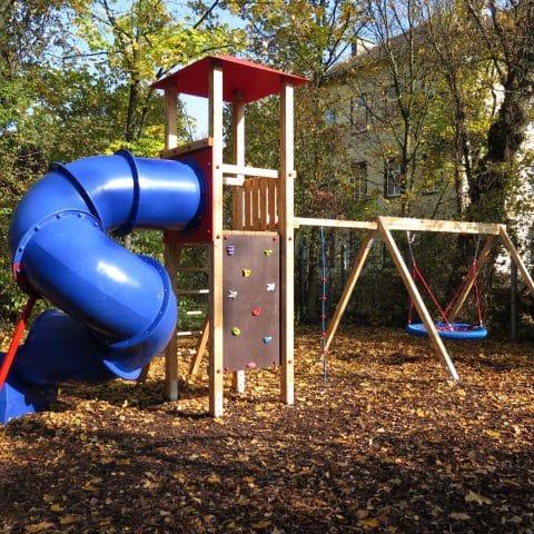 Smile Premium Spielplatzprodukte bei FREISPIEL, dem Spielplatzbauer aus Wien, kaufen