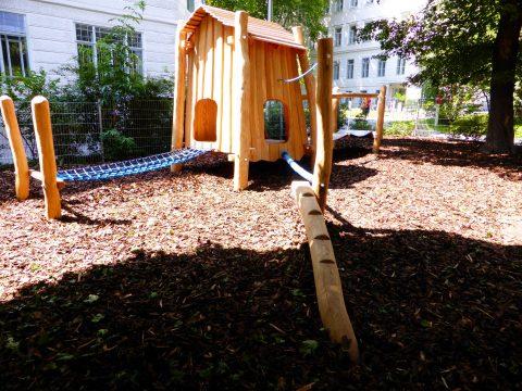 Kleinkinder Spielanlage Linda - Spielgeräte von FREISPIEL