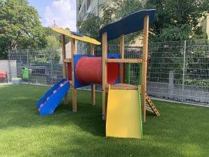 Spielplatz - Kleinkinderanlage - Rutsch-Kletterkombination